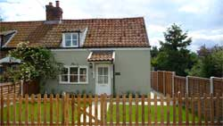 Thimble Cottage - Self Catering Accommodation
